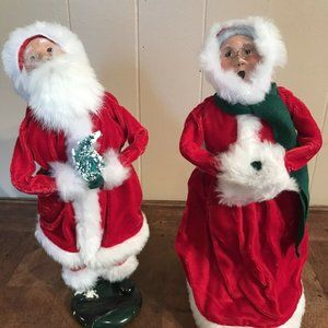 Byers Choice Carolers Vintage Mr Mrs Santa Claus
